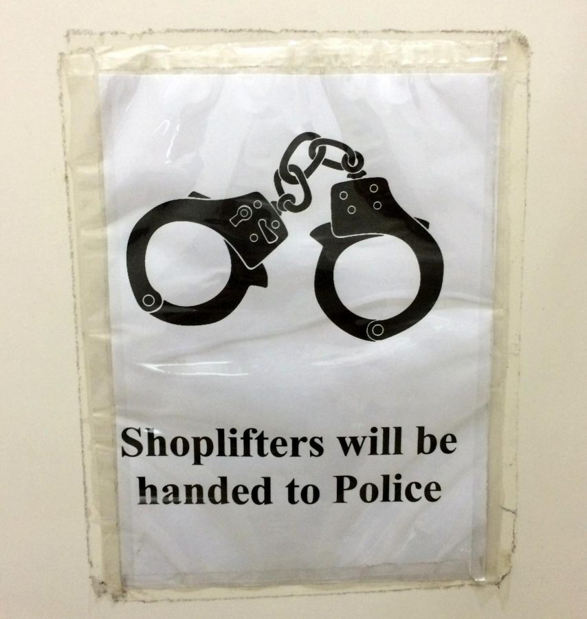 Officer Pays For Shoplifters Groceries